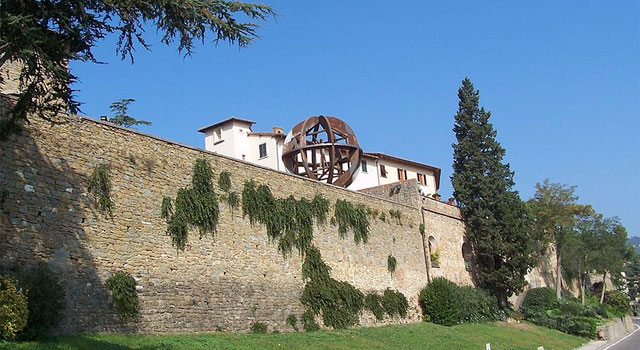 Around Florence: the land of Leonardo da Vinci